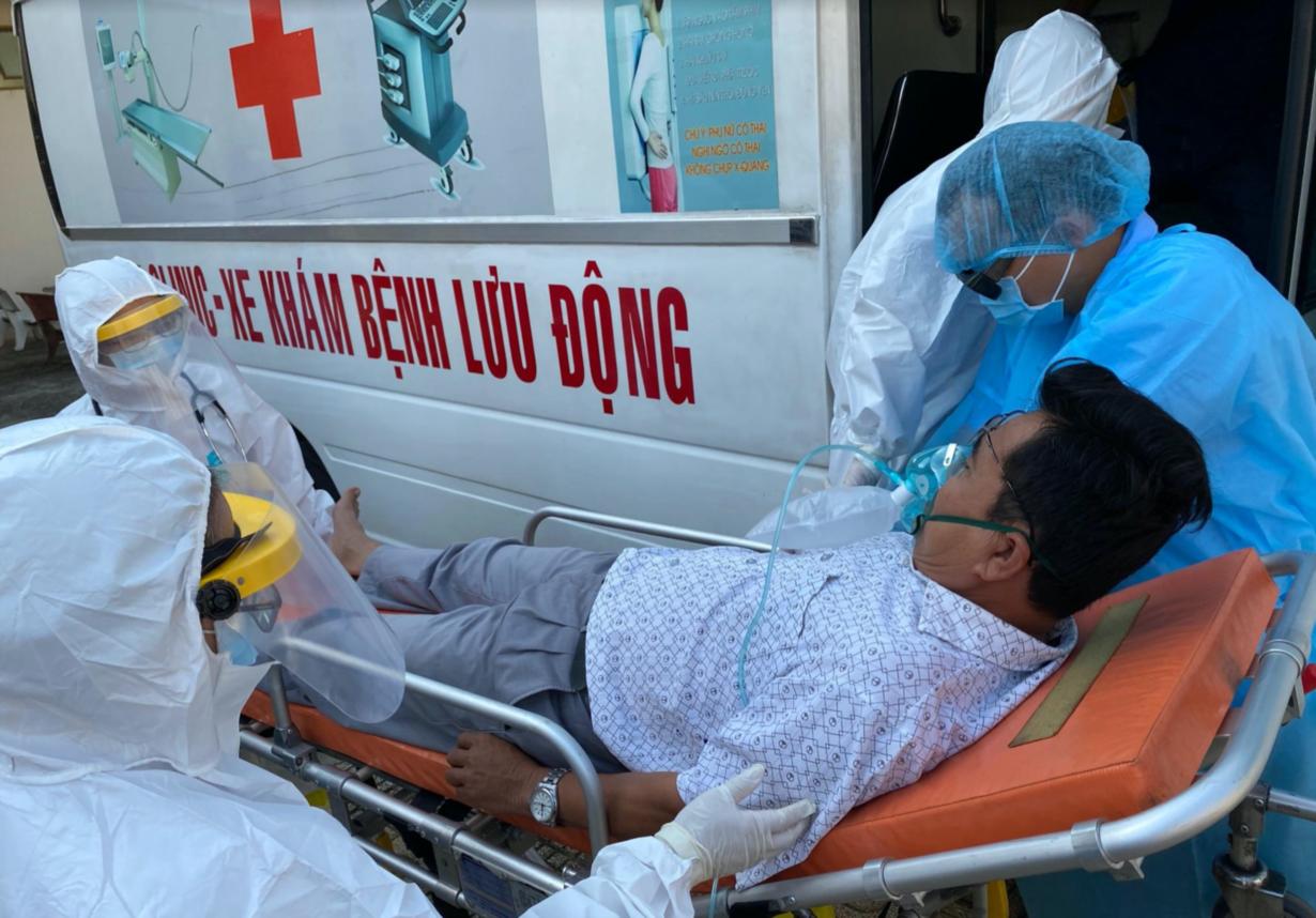 Bệnh viện dã chiến của thành phố Hồ Chí Minh được vận hành thế nào? - Ảnh 11.